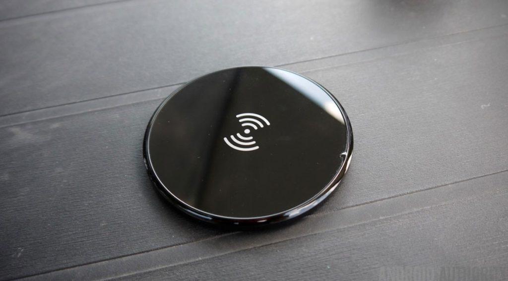 Cum functioneaza un incarcator wireless