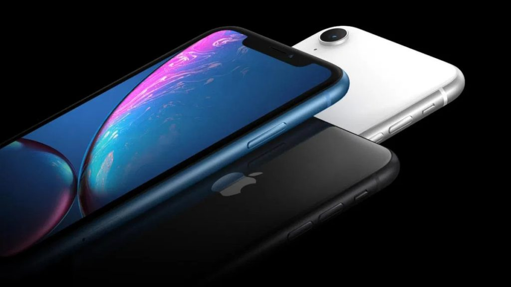 Se mai cumpara dispozitivele iPhone XS?