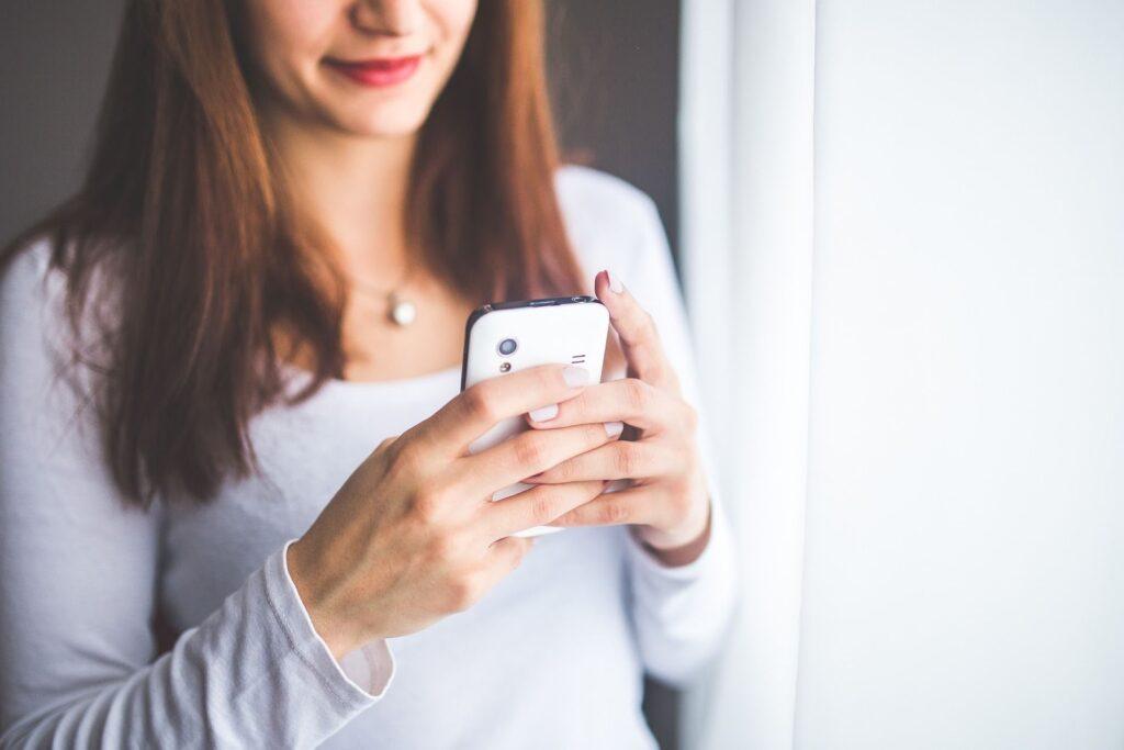 5 aplicatii ce nu trebuie sa lipseasca din telefonul tau mobil